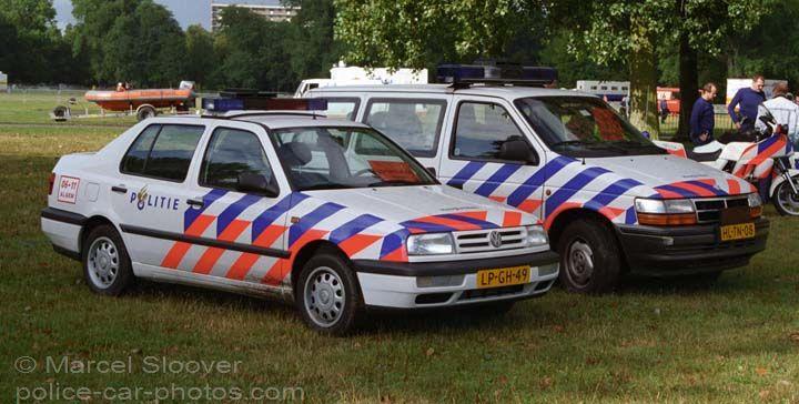 Patrolcars police Haaglanden Zuiderpark