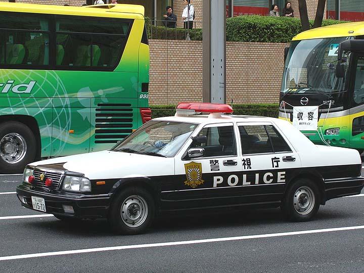 Tokyo Police Nissan patrolcar