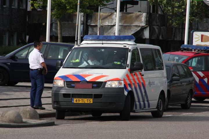 Politie Amsterdam-Amstelland Volkswagen T5
