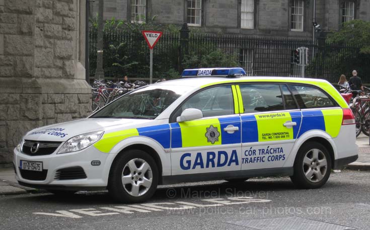 Opel vectra traffic corps garda dublin