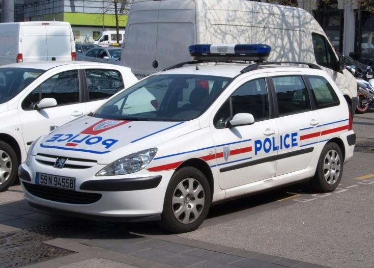 Police car photos peugeot police car police nationale lille for Police nationale lille