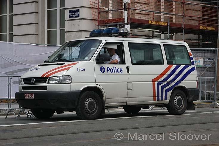 Volkswagen Transporter Van Federal police