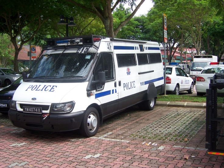 Another Singapore K9 unit