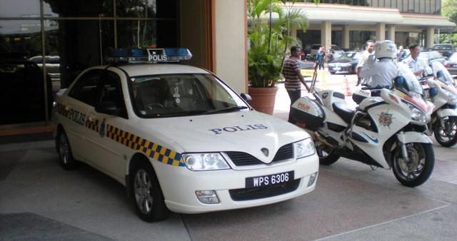 Malaysia Police - Proton Waja Patrol car