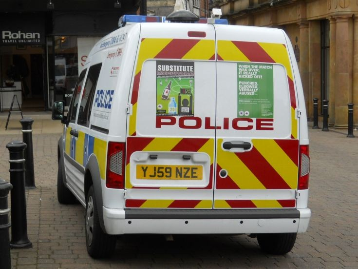 North Yorkshire Police (YJ59 NZE)