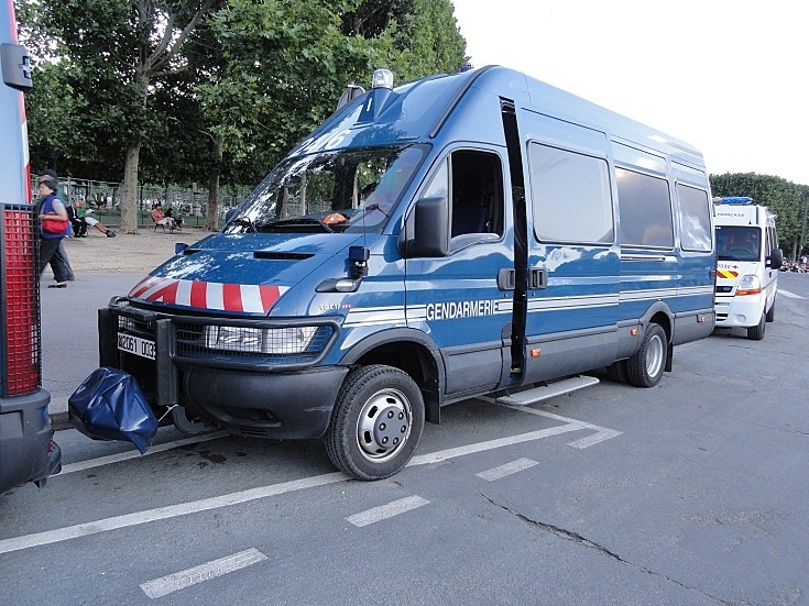 Iveco van in use by Police in France