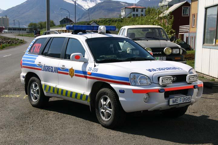 Lögreglan Hyunadai policecar Iceland
