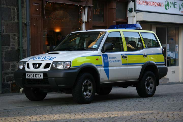Northern Constabulary Nissan policecar