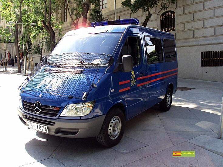 Mercedes-Benz 211CDI