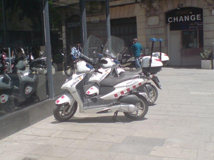 Police Scooter mossos d'esquadra Barcelona
