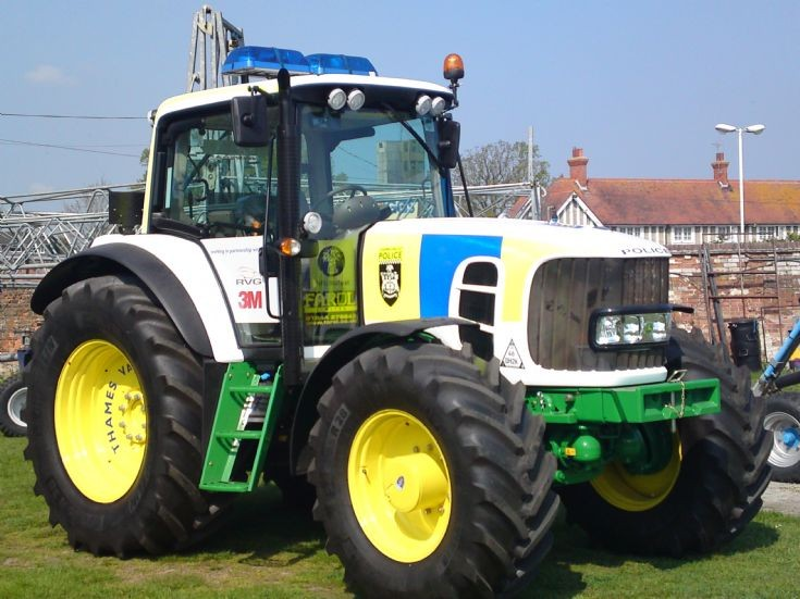 Thames Valley Police Tractor