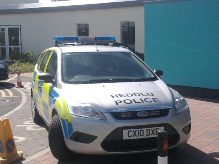 North wales police Ford focus estate CX10 DXE