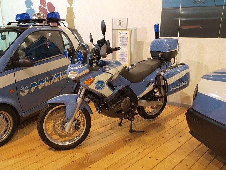 Polizia Aprilia