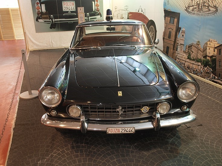 Police Ferrari