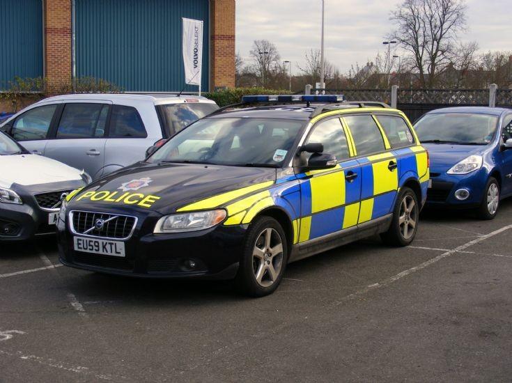 Essex Police Volvo V70 Estate