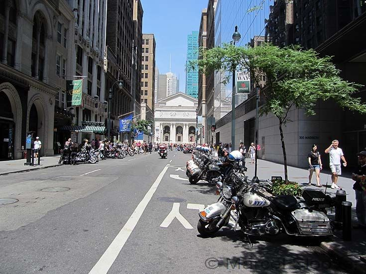 Line up Harley Davidson motorcycles NYPD