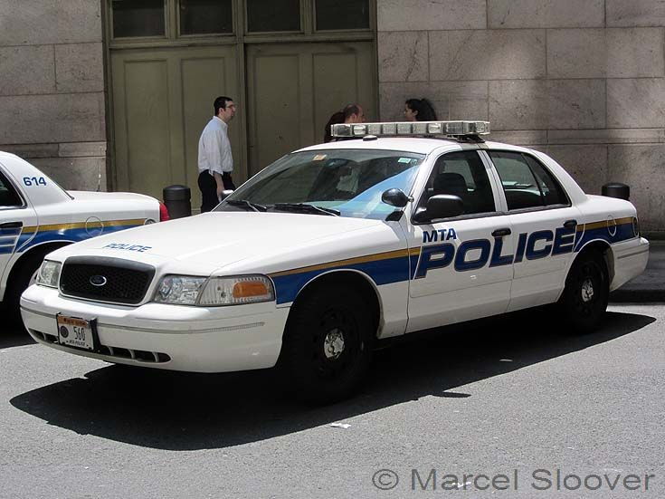 police car photos police cruiser 560 mta police department ny. Black Bedroom Furniture Sets. Home Design Ideas
