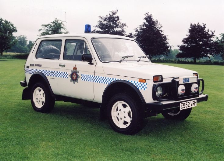 Lada Niva Wiltshire Police UK E552 VRH