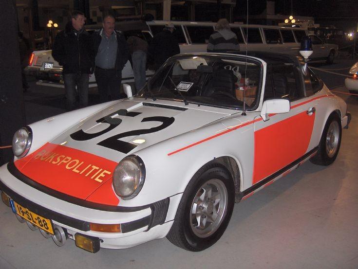 Porsche 911 1977 (1)