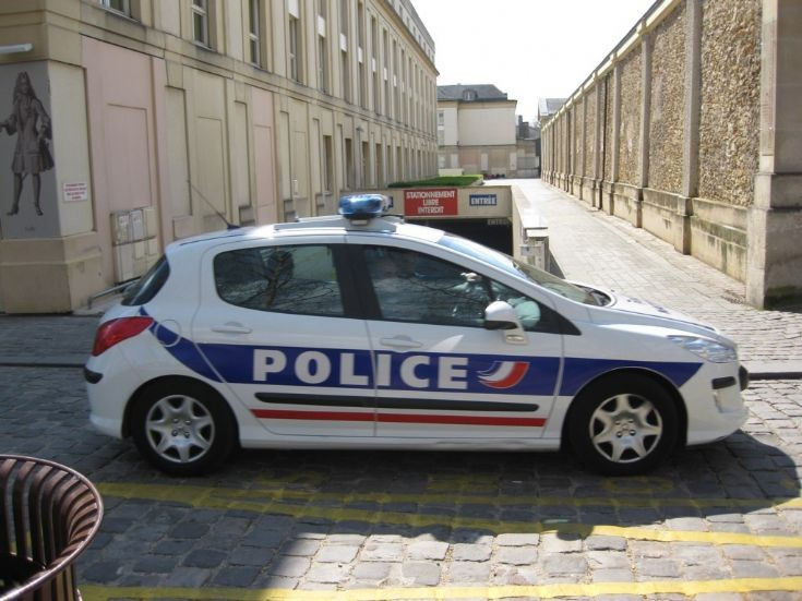 Police car in Versailles.