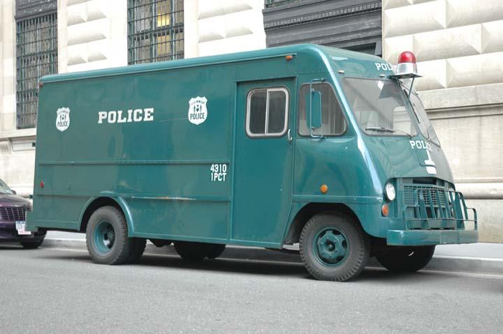 Old NYPD van 4310 1 pct