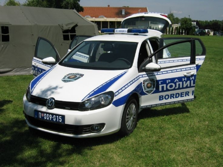 Volkswagen Golf VI used by Serbian Police