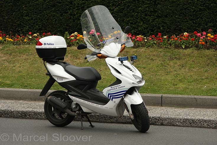 Scooter Brussels Police