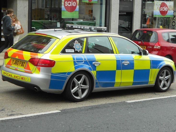 North Yorkshire Police (YJ60 FBZ)