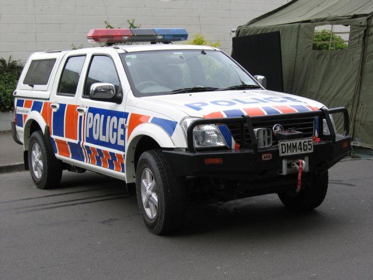 New Zealand Holden DMM465