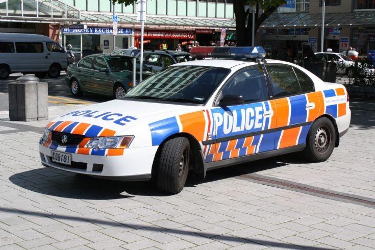 New Zealand Holden DQB181