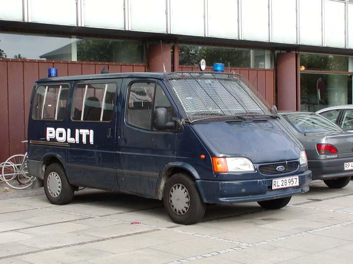 Politi Copenhagen  Ford Transit van