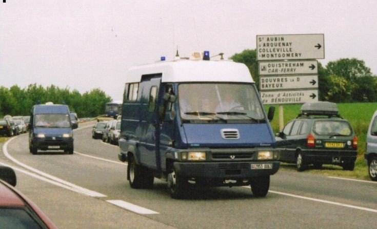 Gendarmere Renault Benouville