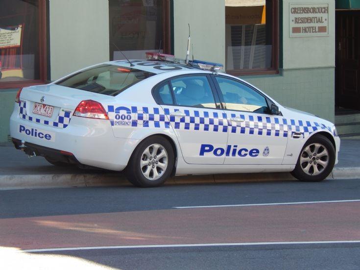 Victoria Police Holden Commodore unit R-85.