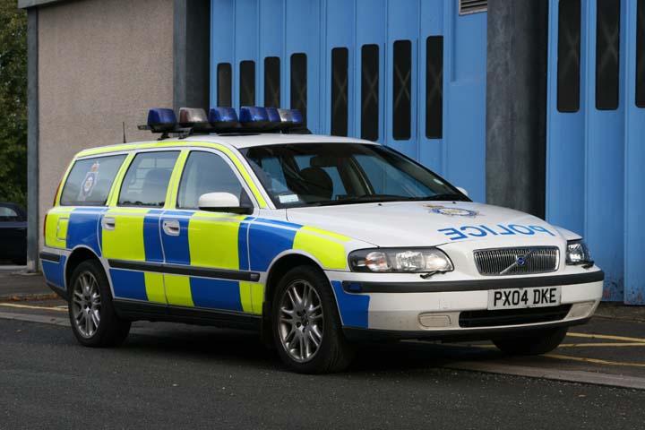 Cumbria Constabulary Volvo V70 Traffic police