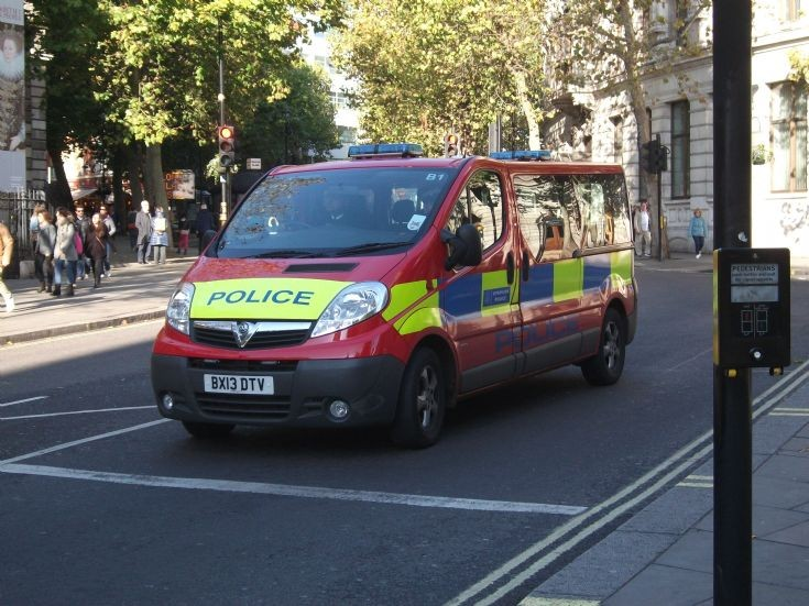 MPS Vauxhall Van