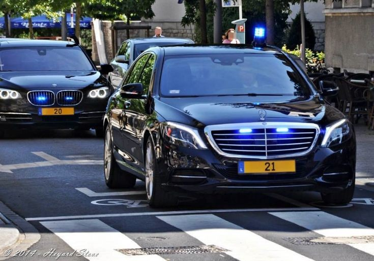 Police car photos mercedes s class vip convoi luxembourg for Mercedes benz luxembourg