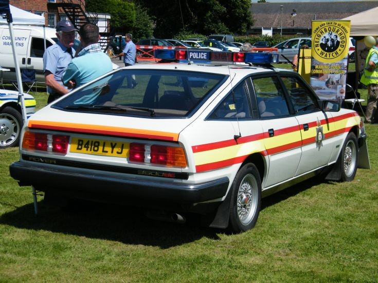 Sussex Rover 3500 Traffic car