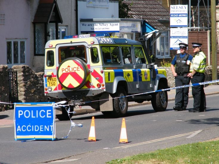 Sussex Police Land rover