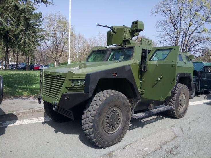 BOV M16 Milos