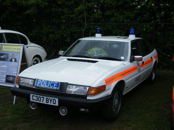 Metropolitan Police Rover SD1