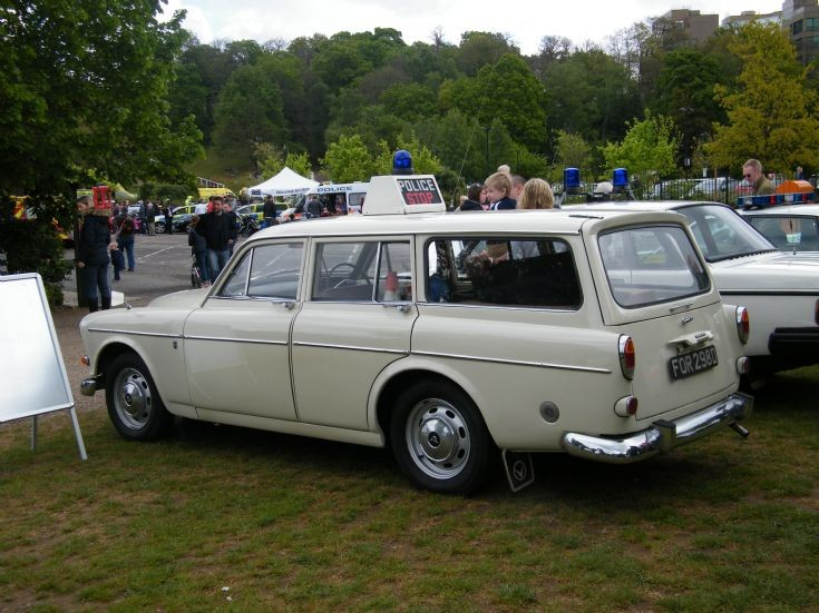 Hampshire Constabulary Volvo