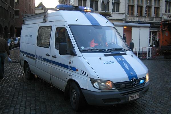 Mercedes Sprinter police Antwerpen